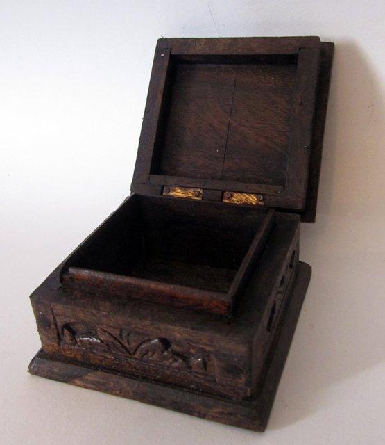 Petite Boite En Bois : carved wooden box petite boite sculpte d 39 un oiseau en bois ~ Dailycaller-alerts.com Idées de Décoration